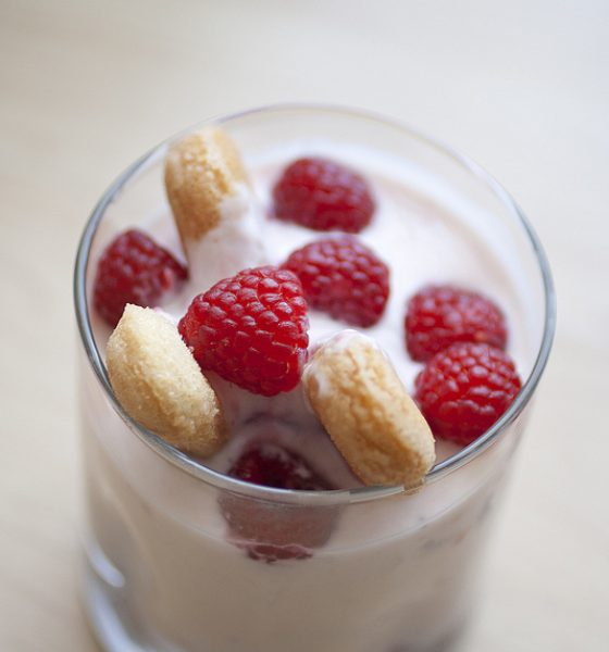 Raspberry Yoghurt Cups